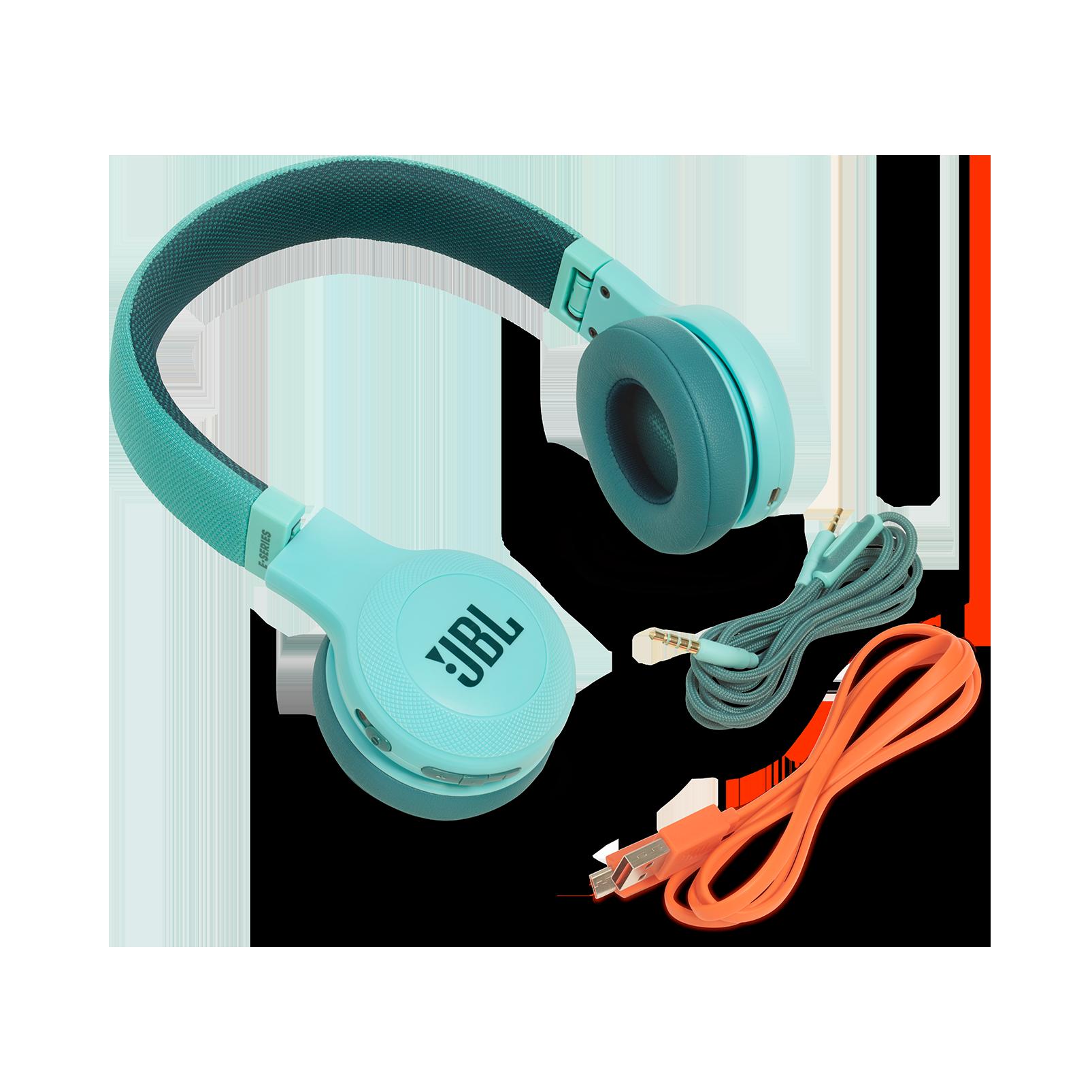 JBL E45BT - Teal - Wireless on-ear headphones - Detailshot 4